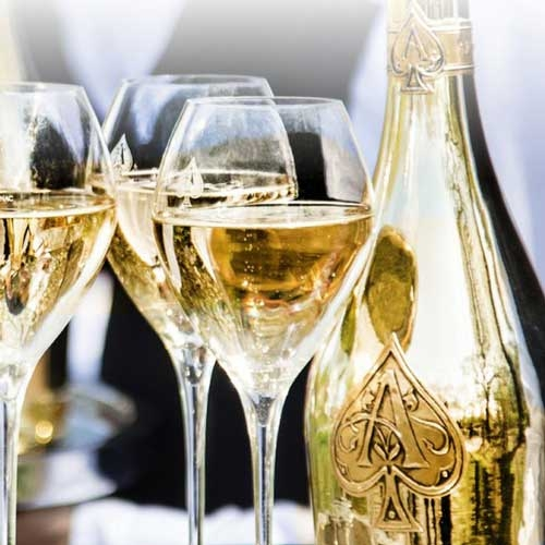 Champagne Armand de Brignac Brut Gold in luxe coffret Magnum